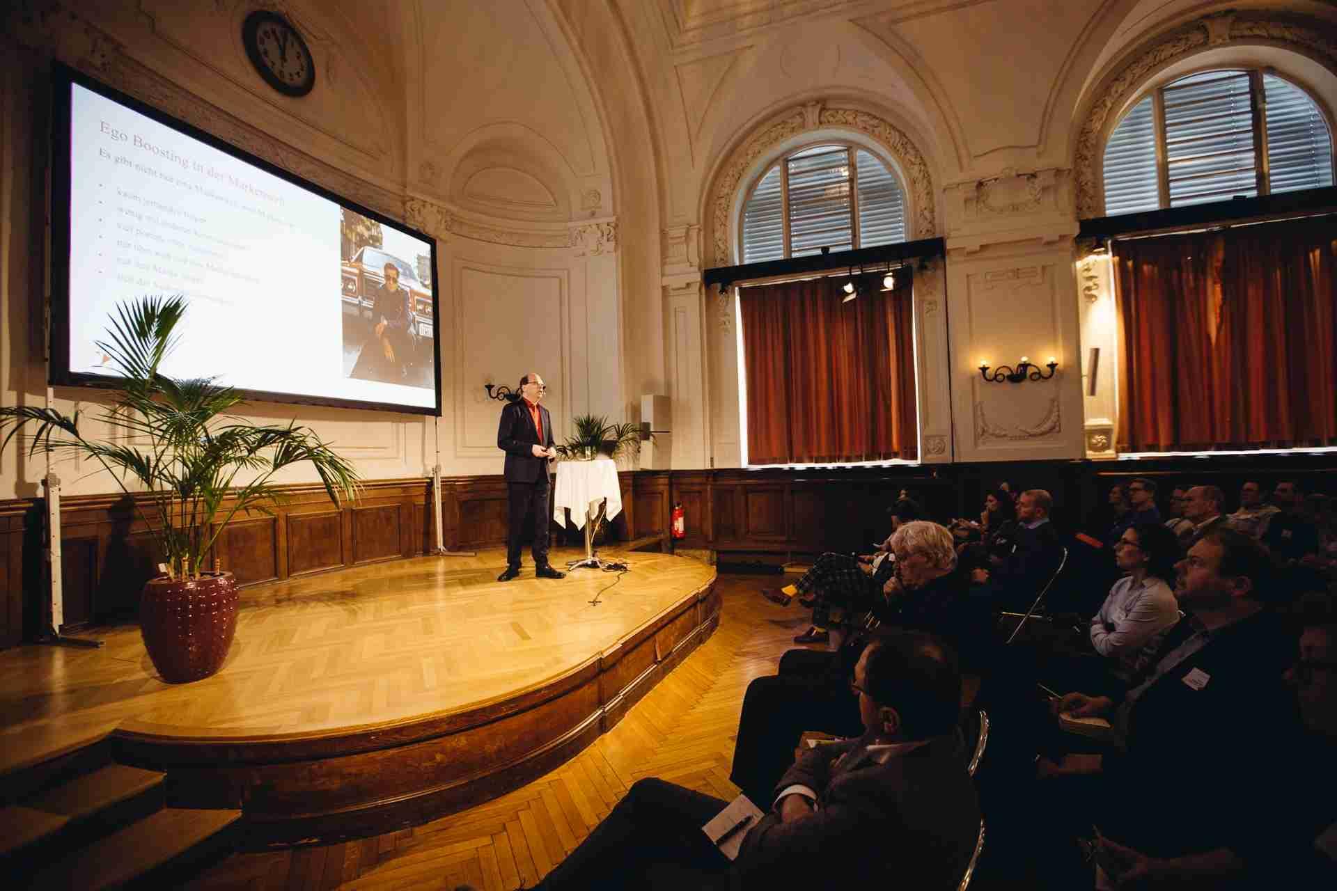 Keynote Speaker Klaus Eck: So geht erfolgreiches Content Marketing für B2B Unternehmen